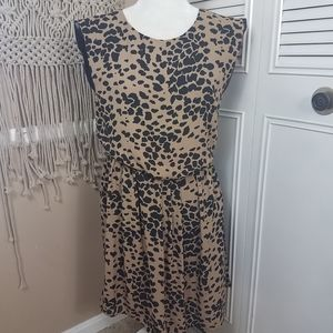 Vince camuto animal print dress size small